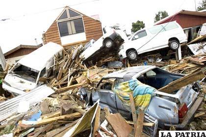 En la imagen los restos del sismo que devastó partes de Chile en febrero de 2010
