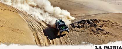 El Rally Dakar 2011 es una maravilla por los paisajes que se muestra y la valentía de los competidores