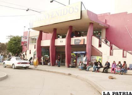 La Terminal de Buses hoy cierra sus puertas