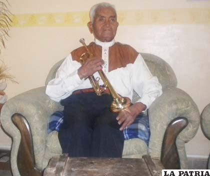 """El 9 de junio de 1964 Gumercindo Licidio fundó la Banda Espectacular """"Pagador"""" de Oruro"""