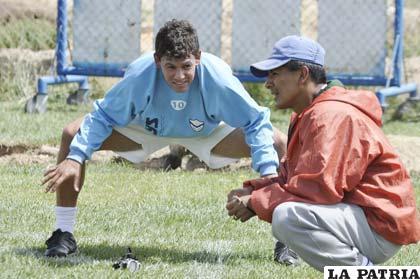 Marcelo Gomes junto al preparador físico Américo Castro