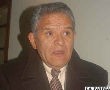 Rolando Villena, Defensor del Pueblo cuando llegó a Oruro