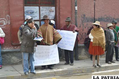 Comunarios de Challapata iniciarán medidas de presión para que los exconcejales que renunciaron, se vayan de esa localidad