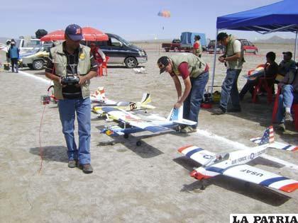 Aeromodelismo, una actividad que se práctica desde hace muchos años