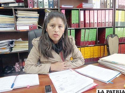 Yamile Gutiérrez, directora de Límites de la Gobernación de Oruro