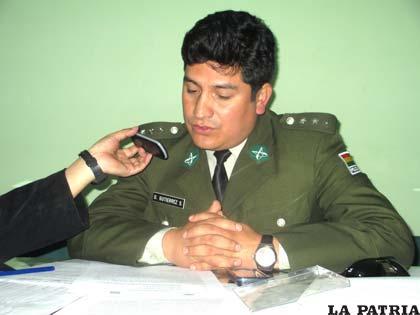 El jefe de la División Accidentes, capitán Omar Gutiérrez