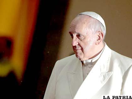 Papa Francisco pide que la riqueza esté al servicio de las personas