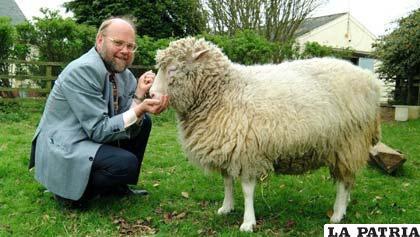 Dolly la oveja más famosa de la historia