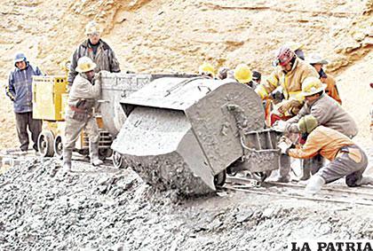 Es imperiosa una modernización de nuestra minería y metalurgia