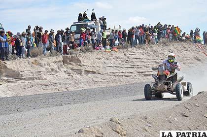 Walter Nosiglia es la sensación entre los bolivianos en esta competencia, ocupa el sexto lugar en la general