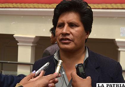 Pedro Challapa anuncia nuevo conflicto limítrofe