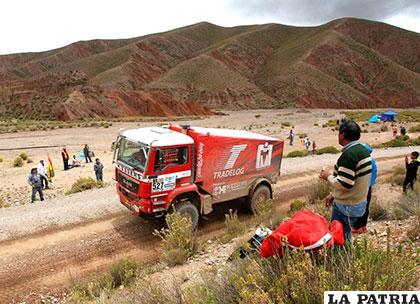 El piloto belga Noel Essers en la quinta etapa entre Tupiza y Oruro