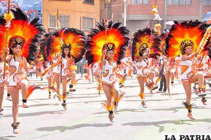 Participación de los Tobas Zona Sud en el Carnaval 2016