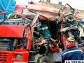 La cabina del camión acabó destrozada