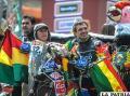 Juan Carlos Salvatierra junto a sus seguidores en La Paz /APG