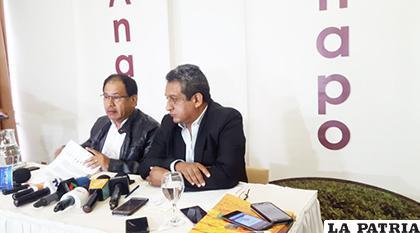 El presidente de Anapo, Richard Paz, con el gerente general, Jaime Hernández / ANF