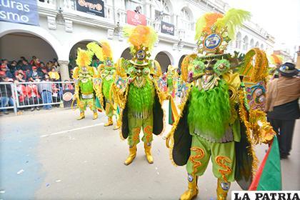Se realizará un control riguroso a los trajes de los danzarines del Carnaval, para evitar distorsiones /LA PATRIA