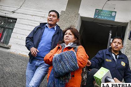 La mujer fue aprehendida la madrugada del miércoles en el aeropuerto de El Alto /APG