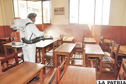 Quieren que se fumigue las aulas para evitar el brote de alguna enfermedad  /LA PATRIA/ARCHIVO