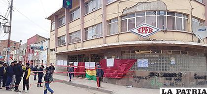 Bloquearon las calles y en el interior ingresaron en huelga de hambre /LA PATRIA