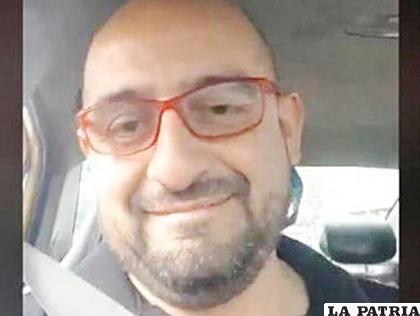 Freddy Contreras, protagonista del video, es un líder taxista que se identifica como presidente de la ONG Ayudantax