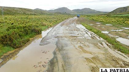 Empezaron las lluvias en el área rural y el mantenimiento de vías se ve afectado /LA PATRIA /ARCHIVO