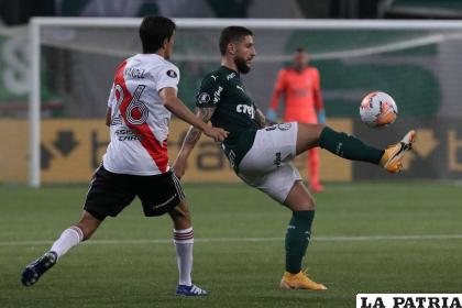 La acción del partido en el cual Palmeiras no pudo ganar, pero sí clasificó a la final /lanacion.com