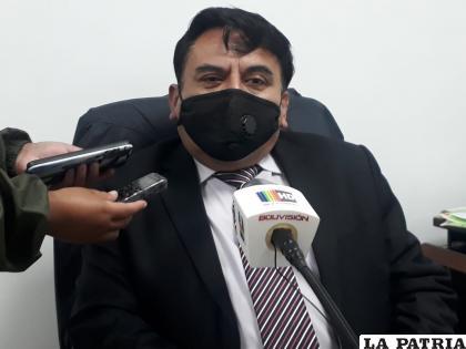 El fiscal Morales brindó los detalles del robo de los accesorios del vehículo  /LA PATRIA