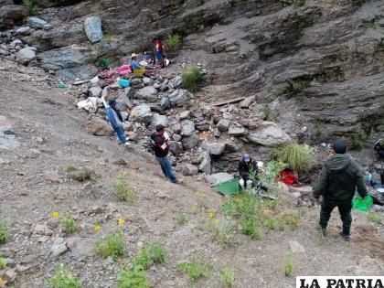 Personas que estaban en el lugar ayudaron en el rescate de los heridos /RRSS
