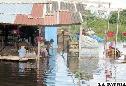 Varios municipios tienen emergencias por los desastres naturales que afectan a miles de familias