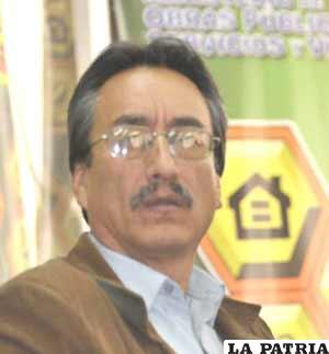 Ministro Delgadillo anuncia la iniciativa espacial