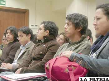 En el Foro se analizó la situación del trabajo juvenil en la región