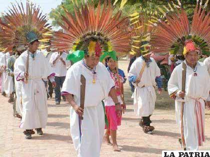 La danza de los macheteros propia de San Ignacio de Moxos