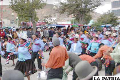 Fiestas carnavaleras sirvieron de escenario para hacer propaganda política