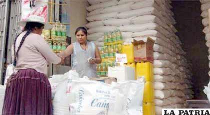 Gobierno sancionará a comerciantes que jueguen con el hambre del pueblo.