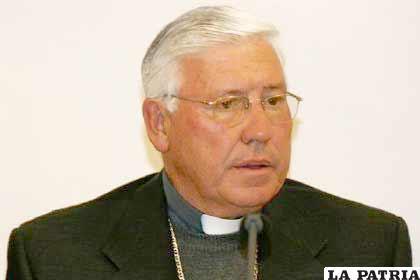 Obispo de El Alto, monseñor Jesús Suárez