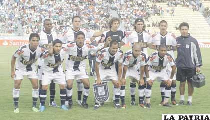 Los dirigentes de Alianza Lima de Perú, anunciaron a medios radiales del exterior que este equipo jugará la final de la Libertadores