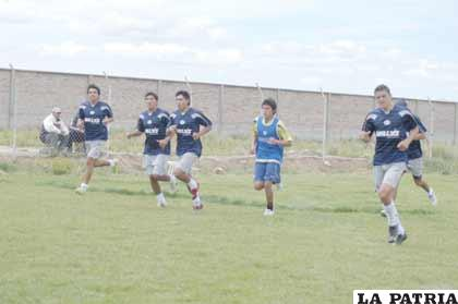 San José, ayer reanudó sus entrenamientos