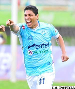 Diego Cabrera anotó tres goles para su equipo