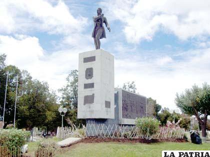 La plaza que lleva el nombre del valeroso Sebastián Pagador, debería ser el lugar donde se realicen actos de homenaje a la efeméride departamental