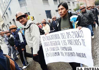 Marcha de COB en La Paz