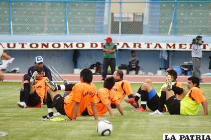 Jugadores de San José, esperan reivindicarse este sábado ante Real Potosí