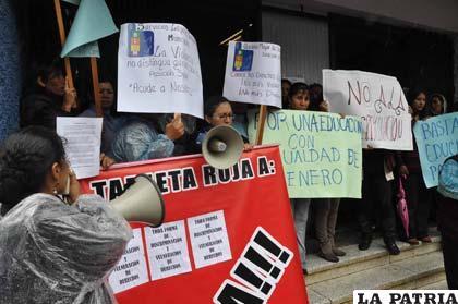 Violencia en el colegio bol var deja saldo de heridos y for Colegio bolivar y freud