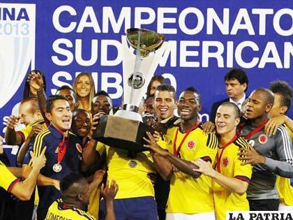 La selección de Colombia celebra el título del Sudamericano Sub-20