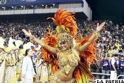 Optiman detalles del carnaval en Río (20minutos.es)