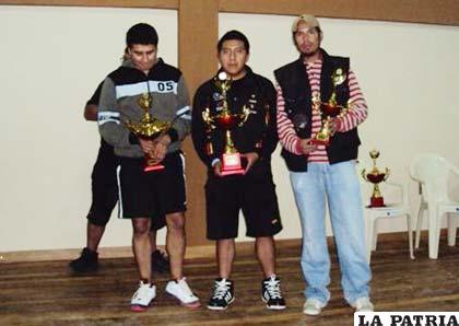 """Jáuregui, Chaparro y Alarcón, campeones en Varones """"A"""""""
