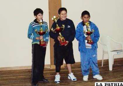 Claure, Olivares y Uzeda, campeones en Sub-12