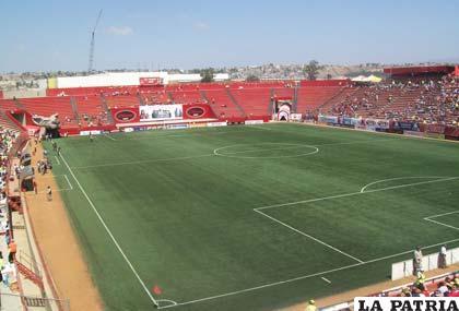 """El estadio """"Caliente"""" de Tijuana tiene una capacidad para 21 mil personas"""