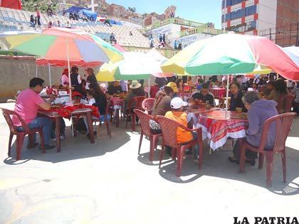 La gastronomía andina fue degustada en la Avenida Cívica