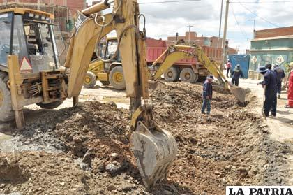 Las obras prosiguen en la avenida Al Valle
